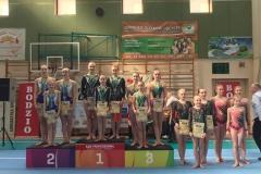 Trójka Kasia Pszczółkowska, Karolina Kawalec, Julia Rybicka na 1. miejscu podium